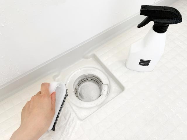 お風呂の排水溝詰まり、薬品の効果を発揮できる方法とは。 (2)