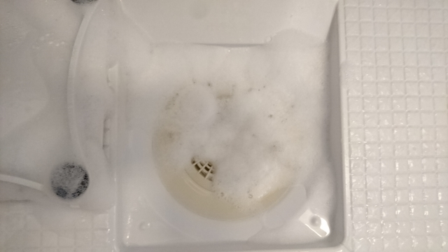 お風呂の排水溝詰まり、薬品の効果を発揮できる方法とは。 (3)