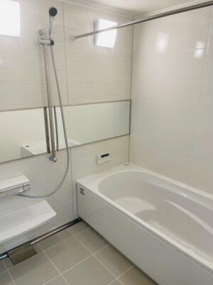 浴室から水漏れした場合の対処方法 (1)